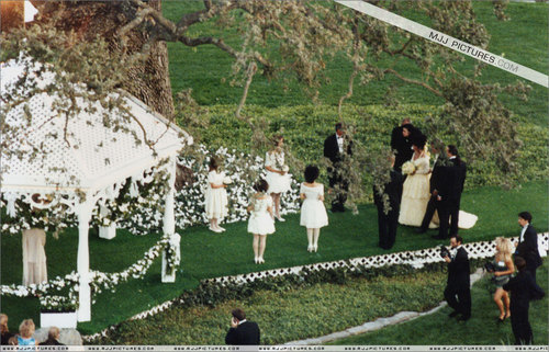 elizabeth's wedding 日 in NEVERLAND ranch,queen_gina