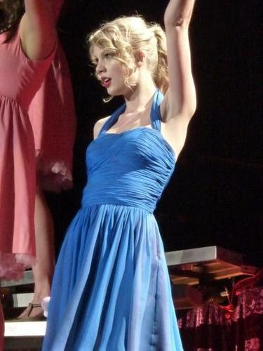 Speak Now World Tour: Oberhausen, Germany [March 12th, 2011]