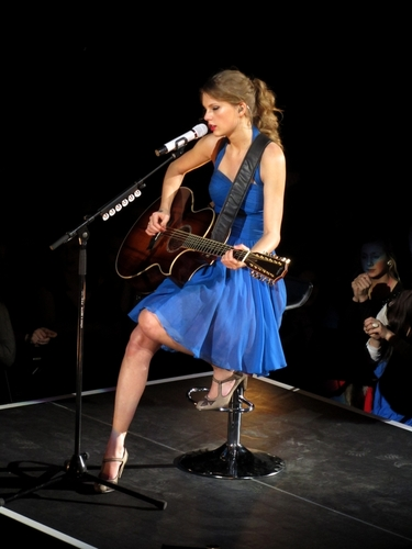 Speak Now World Tour: Oslo, Norway [March 9th, 2011]