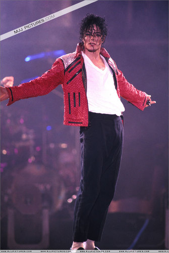 Michael Jackson BEAT IT :D