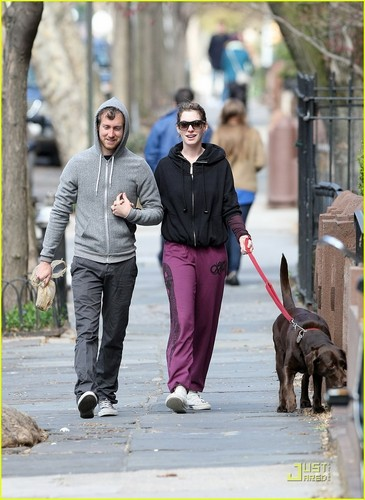 Anne Hathaway & Adam Shulman: Dog Walking Couple