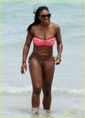 Serena Williams: Bikini সৈকত Body!