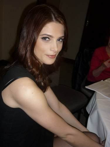 Added 2 new pics of Ashley Greene (@AshleyMGreene) from the Skateland press junket in NYC (March 14)