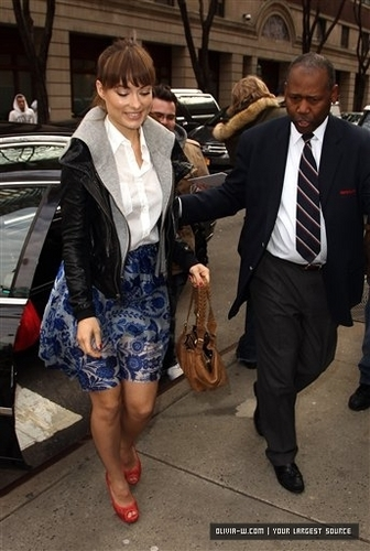 Arriving 'Live with Regis & Kelly' in New York City [April 22, 2011]