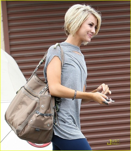 Chelsea Kane: Red touro Break!
