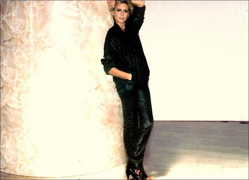 Olivia Newton-John - Totally Hot photoshoot