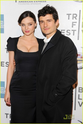 Orlando Bloom: 'Good Doctor' Premiere with Miranda Kerr!