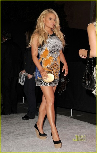 Jessica Simpson: Hot Hollywood Party with Kathy Griffin!
