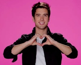 We love we love Logan