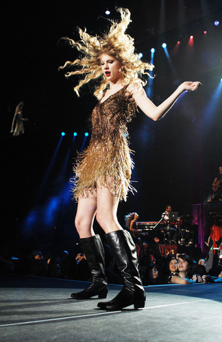 Speak Now World Tour: Milan, Italy [March 15th, 2011]