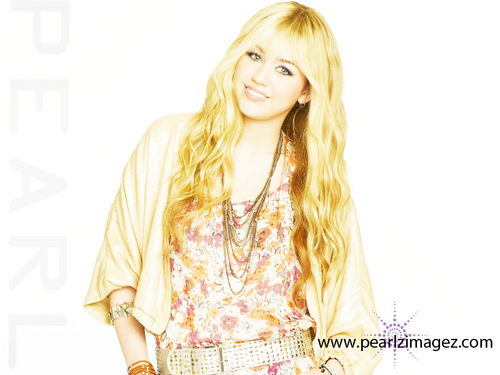 Hannah Montana Forever HRQ images !!