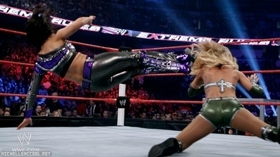 Layla V.s Michelle Extreme Rules (2011)