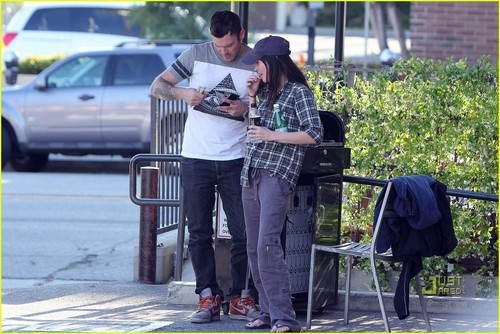 Megan 狐, フォックス & Brian Austin Green: Lucifers in Los Feliz!