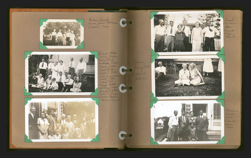 Old fotografias in a Scrapbook