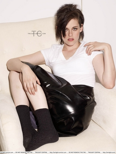 New Outtakes Kristen Stewart for Elle Magazine