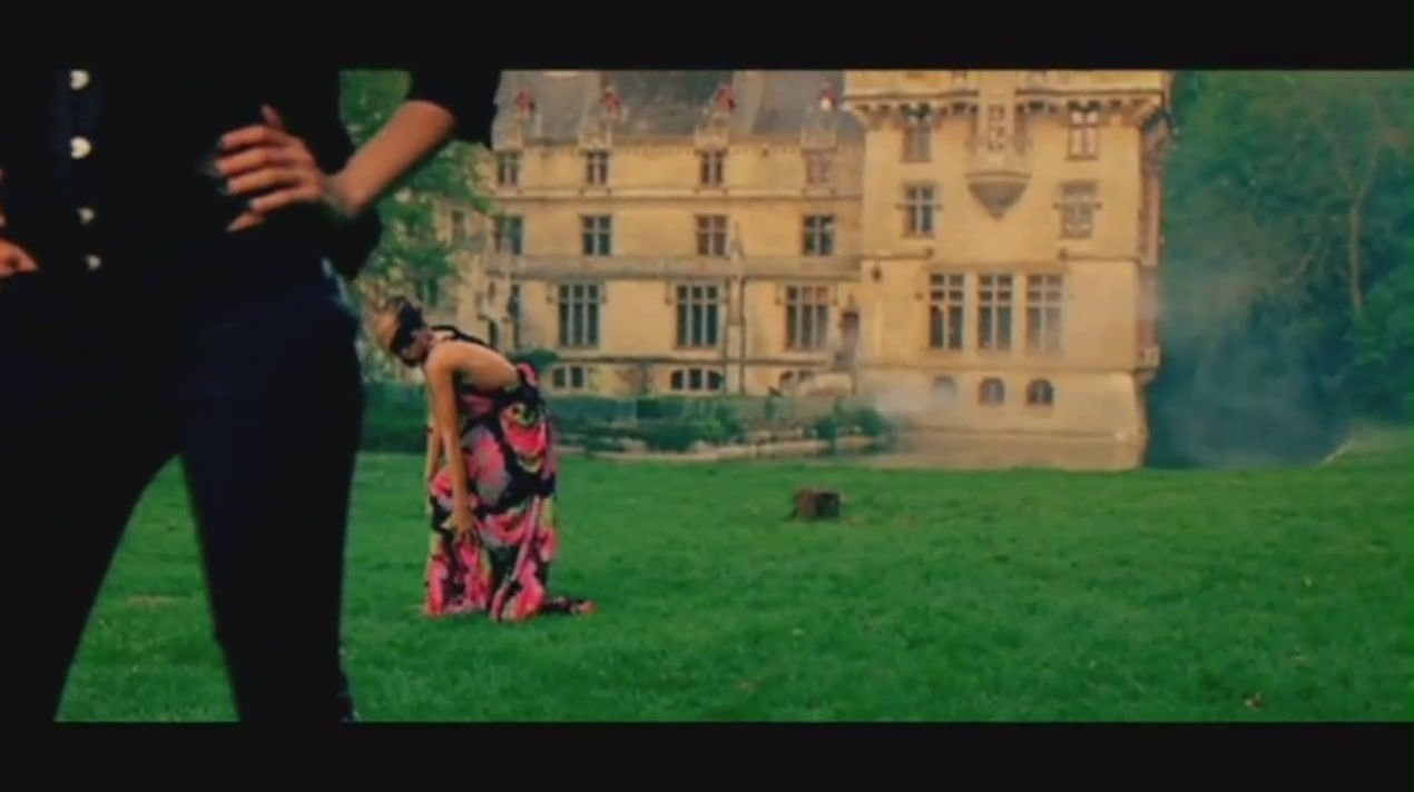 Te Amo [Music Video] - Rihanna Image (21929173) - Fanpop