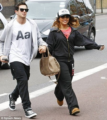 Aaron Renfree Wiv Vanessa White (Backing Dancer 4 Saturdays On So U Fink U Can Dance) 100% Real ♥