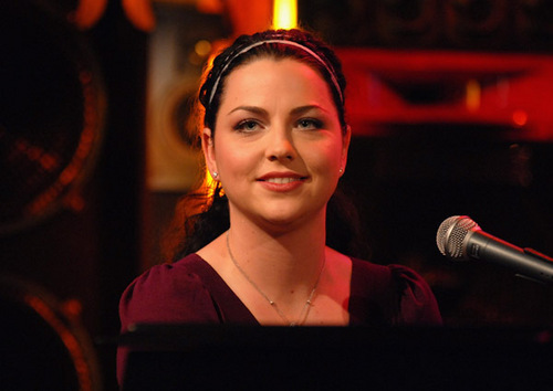 "Amy Lee On ""The Sauce"""