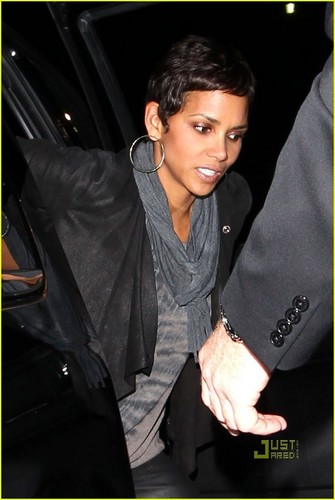 Halle Berry: Prince konsiyerto with Olivier Martinez!