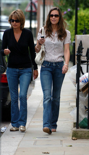 Kate Middleton; Out in Londres 2007