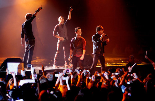BTR Peformance at VIVA Comet 2011