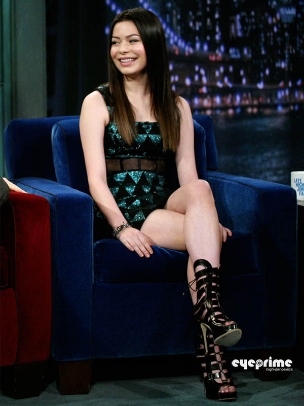 Miranda Cosgrove appears on Jimmy Fallon Show