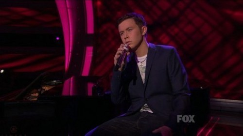 "Scotty sings ""She Believes In Me"" by Kenny Rogers in the Top 3"