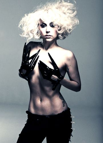 LADY GAGA (MOTHER MONSTER)