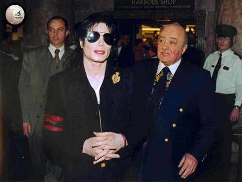 ~MICHAEL WITH MOHAMED AL FAYED AT HARRODS~