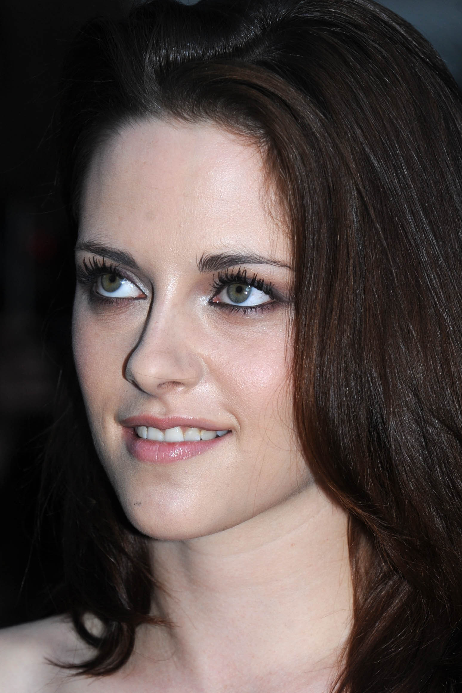 Kristen at Glamour Awards UK-June 7