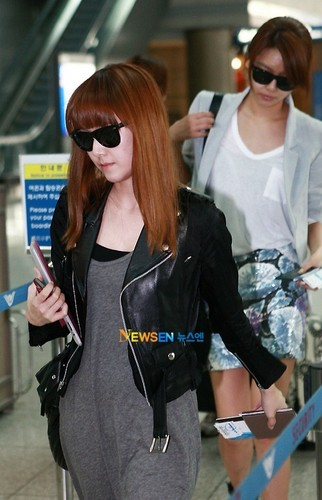 SNSD airfport fashion