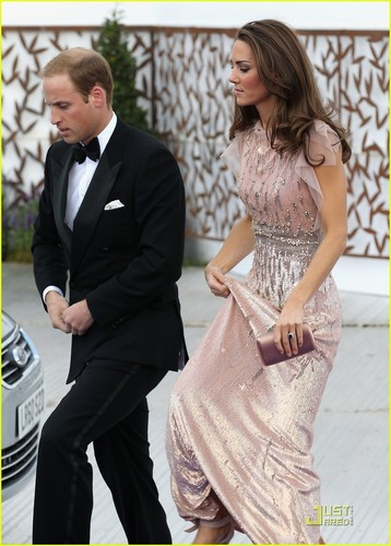 Prince William & Kate: ARK Gala Dinner!
