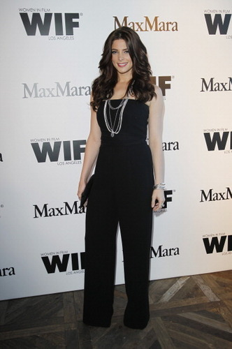 Ashley Greene @ Vanity Fair Max Mara Dinner