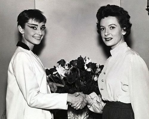 Audrey met Actress Deborah at the backstage