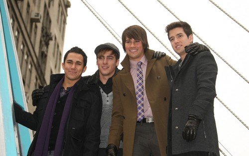 84th Annual Macy's Thanksgiving 일 Parade (November, 25th 2010)