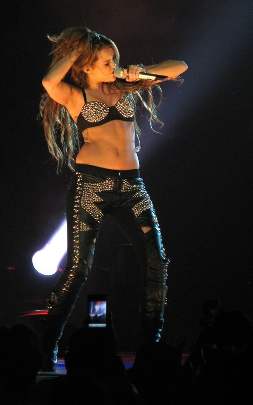 Miley Cyrus Takes Her Gypsy Heart Tour to Brisbane