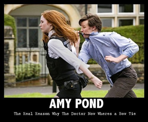The reason why the Doctor now wears a bow tie xD