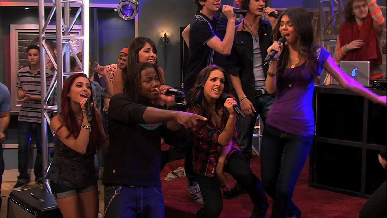 iCarly 4x10- iParty with Victorious - Ariana Grande Image