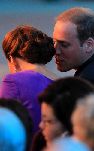 Prince William and Kate Middleton at Parliament পাহাড় for the Canada দিন evening প্রদর্শনী celebrations