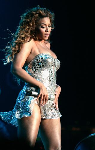 Performs During The Essence Fest In The Superdome In New Orleans