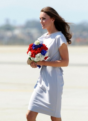 Will and Kate arrive at LAX