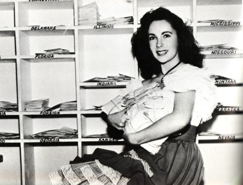 Elizabeth Taylor & fan mail 1940's