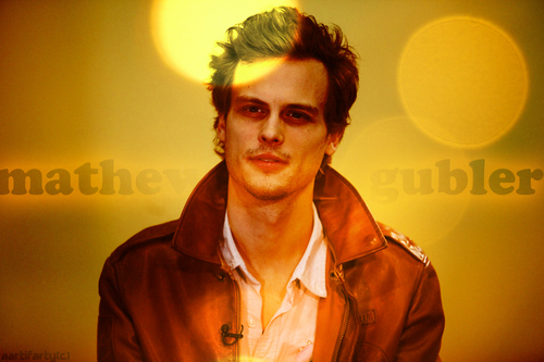 Mathew Gray Gubler !!