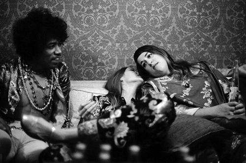 Michelle Phillips & Mama Cass with Jimi Hendrix