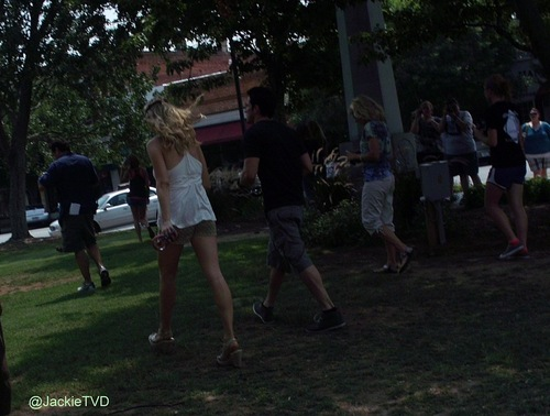 Candice and Michael on set