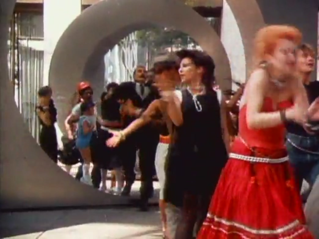 Girls Just Want To girls just want to have fun [music video] - cyndi lauper