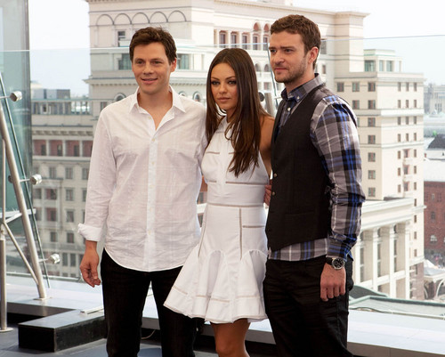 Mila Kunis : फ्रेंड्स with Benefits Photocall in Moscow, July 27