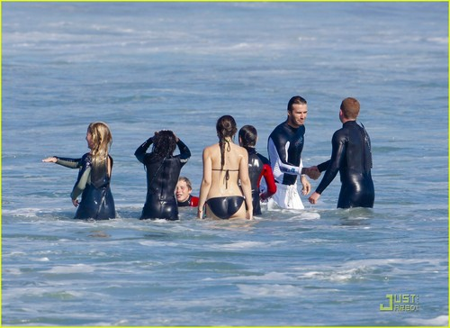 David Beckham: Surfing in Malibu with the Boys!