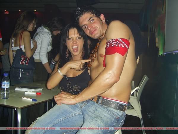 http://images4.fanpop.com/image/photos/24100000/Natasha-Klauss-party-natasha-klauss-24117221-600-450.jpg
