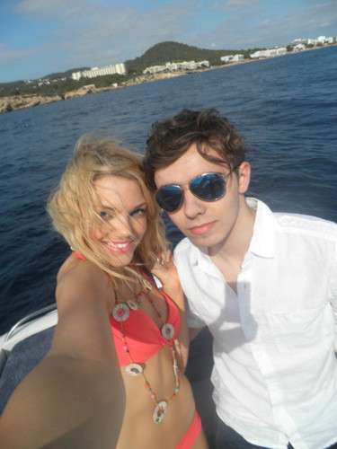 "Nathan & The Girl He Was Wiv In Glad U Came!!! ""We Were Meant To Fly U & I U & I"" 100% Real ♥"